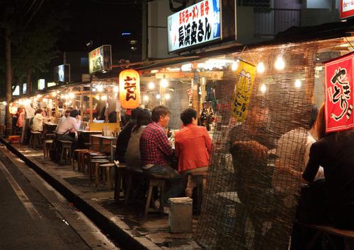 なんで日本って屋台文化が発展しないのかね?