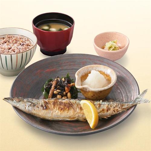 秋の味覚大戸屋の「さんま定食」あすから40円値下げで940円に