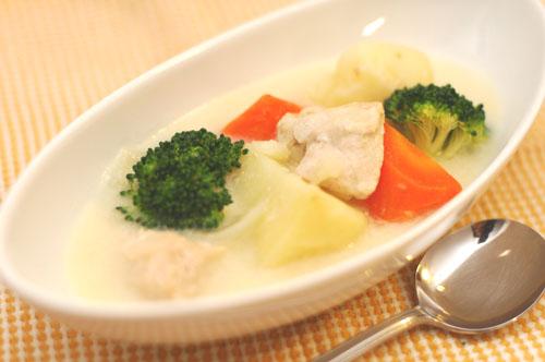 三大食べ物勘違い「クリームシチューは西洋料理」「キャビアはサメからとれる」