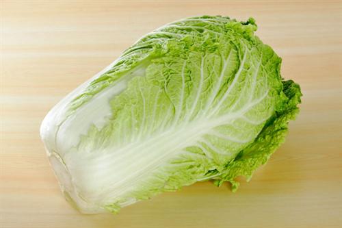 【お鍋の季節】鍋野菜が今年は安く 白菜卸値6割安、生育順調で