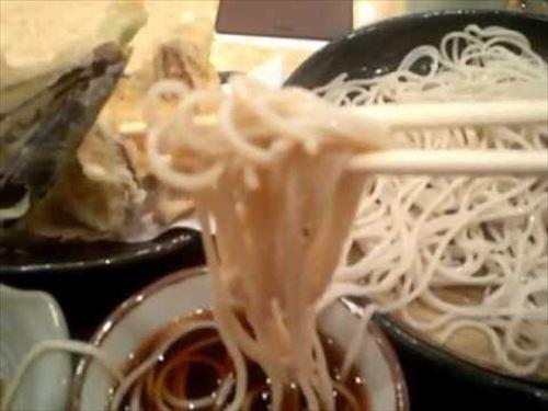 なんで外国人はそうめんとかざるそばとか冷たい麺食わんの?