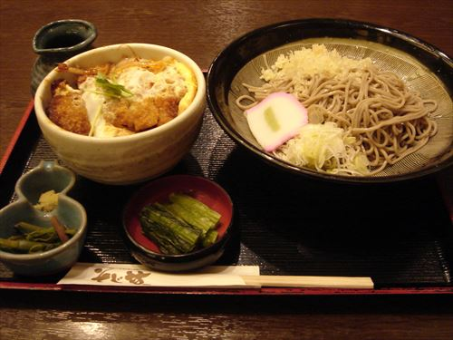 Katsudon_and_soba_set_by_shibainu_R