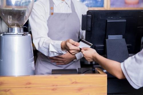 現金・カード・QR・NFCタッチ、決済が一番早いのはどれ?