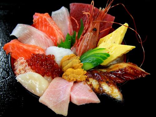 海鮮丼「この中に要らないやつがいまーすwwwwwww」