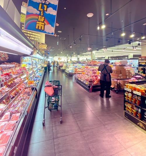 欧米『食料が買い占められてどこにも売ってない…!日本はなんでそんなにメシがあるんだ』