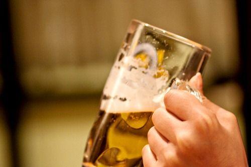 コミュ障が会社の飲み会を乗り切る最善の方法とはwwwwww