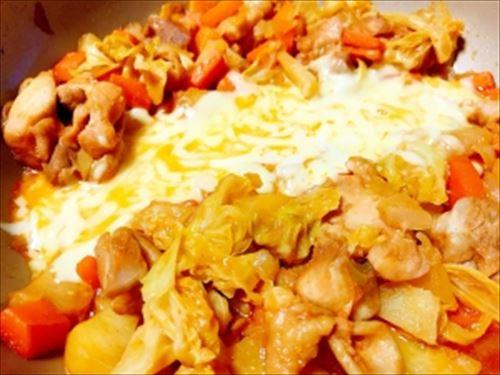 【悲報】チーズタッカルビとかいうゴリ押ししても全く流行しない韓国料理