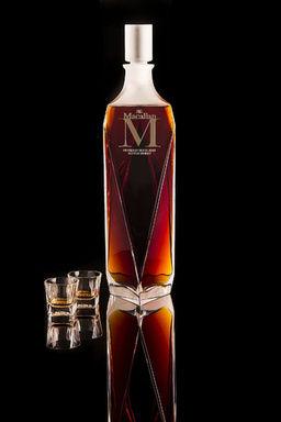 モルトウイスキー、史上最高の6600万円でアジアの個人収集家によって落札