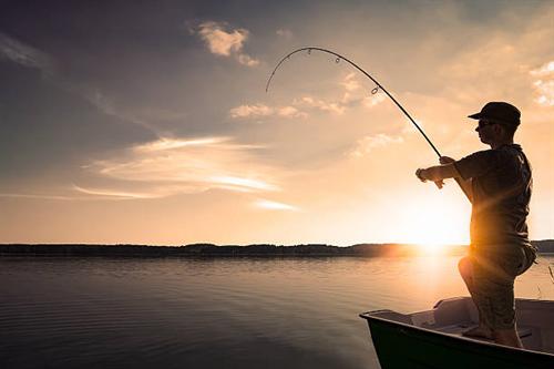 魚釣りやってる人達って一匹も釣れなくても楽しいものなの?