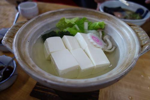 豆腐って味あんまないし安いのでいいよな 薬味やタレ次第の食い物だろ