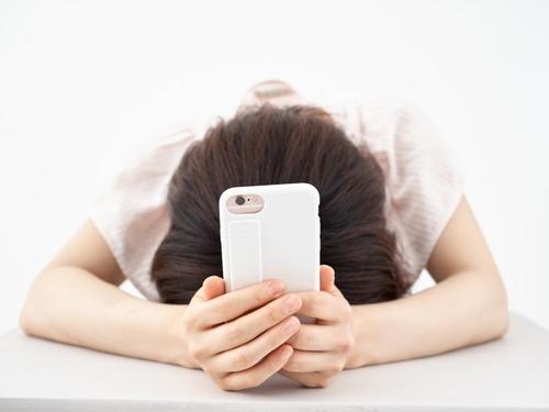 20代女性の不安 6割が「貯金がない」