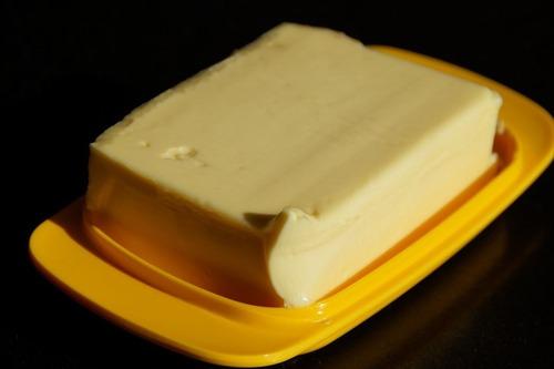ワイ、バター醤油ご飯にハマる