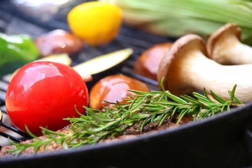 BBQで肉と野菜以外で持ってくと喜ばれる物