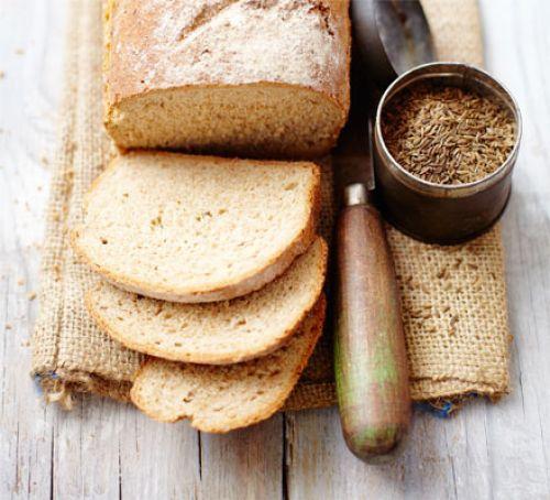 ライ麦のパンって最近コンビニとかでも売ってるけど正直不味くね?