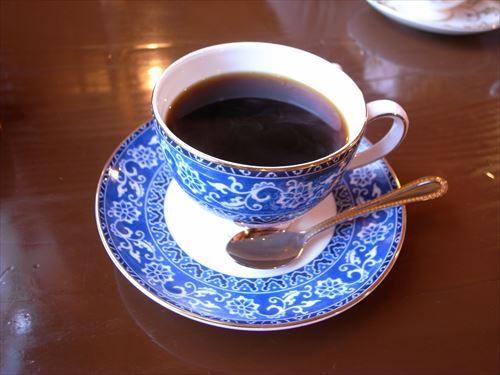 喫茶店「コーヒー1杯500円やで」ワイ「まあ、しゃあないか」