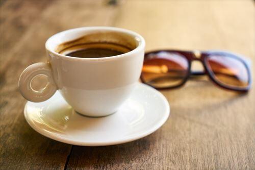 ブラックコーヒー飲んでるやつって美味いと思ってんの?