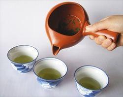 「急須」離れ鮮明に、緑茶購入2年連続900グラム割る