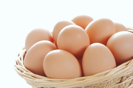物価の優等生「卵」10個入りのパックで263円、10年7カ月ぶり高値