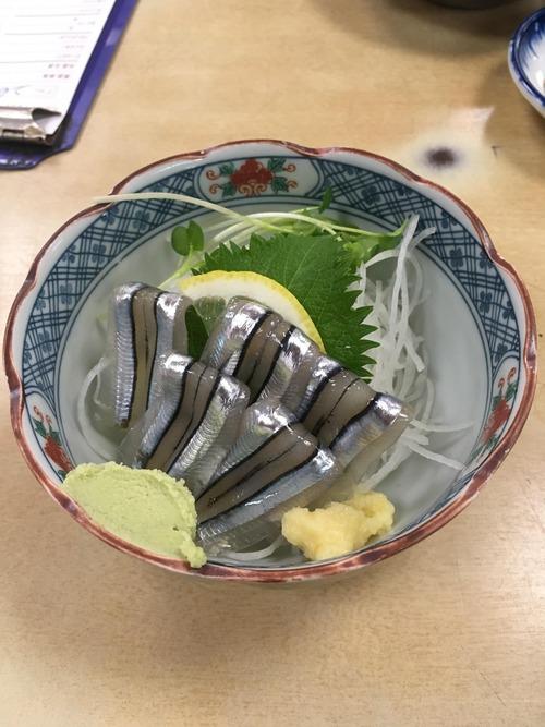 久々に日本酒でも飲もうかなと思うんやけどおつまみなにがええやろ?