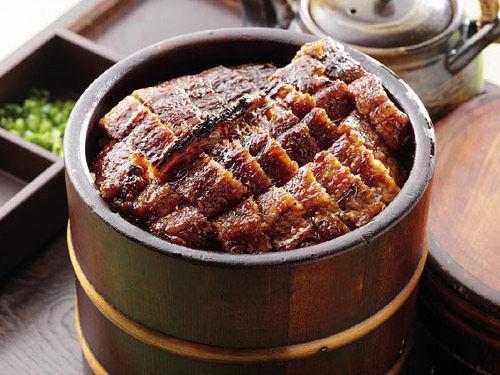 ひつまぶしとかいう名古屋グルメにしては全国制覇出来そうな食べ物wwwwww