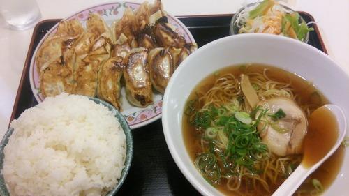ワイ、日本の餃子に嫌気がさす