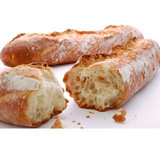 サクッとした食感は保ちつつ歯切れよく食べやすい日本人向けフランスパン発売