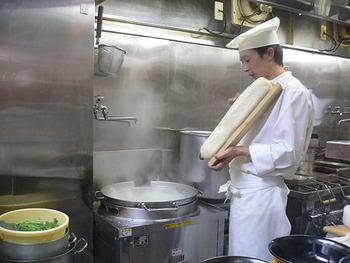 モチッっとした食感の麺「刀削麺」について語ろう