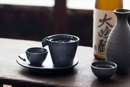 酒飲み必見 飲み過ぎで太る… お酒の種類別のカロリーランキング 1位・・・焼酎(連続式蒸留)