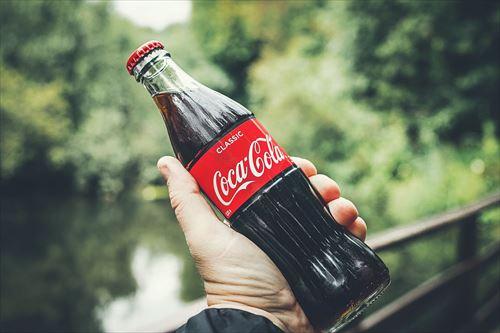 コカ・コーラとかいう数十年変わらぬ味で世界中を魅了する飲み物www