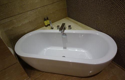 「水道が止まった時の為に風呂の浴槽に水を溜めておけ」←これ