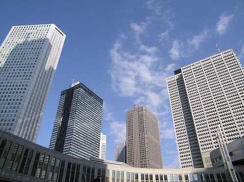 Skyscrapers_of_Shinjuku_2_7_Desember_2003_R