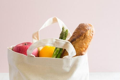 【悲報】レジ袋を有料化したら万引が増加→業界団体「マイバッグ客はマナーを守りましょう」