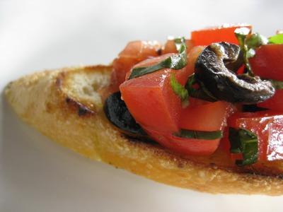 イタリア人って毎日トマトとチーズとオリーブ油ばっか食ってんだろ? よく飽きないなあいつら