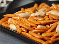 五大いらない余計な食べ物「柿の種のピーナツ」「ラーメンのメンマ」