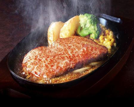 「ステーキ宮」2キロ食べる猛者も出現! 「ステーキ食べ放題」が11日間限定で138店舗で実施!!