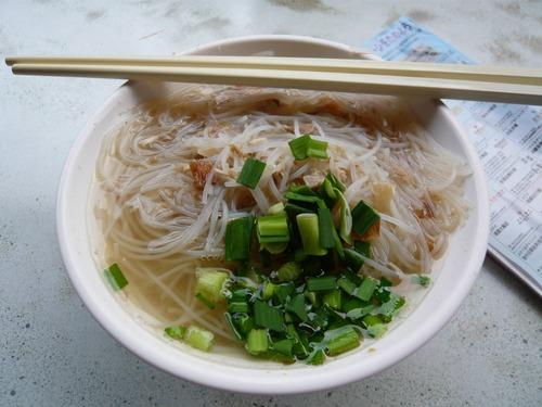 彡(゚)(゚)「台北食べ歩き…?
