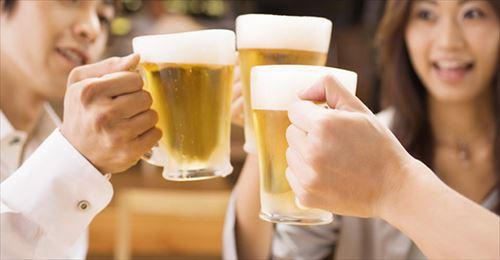 会社の飲み会って経費で落としたり上司のおごりが普通なの?