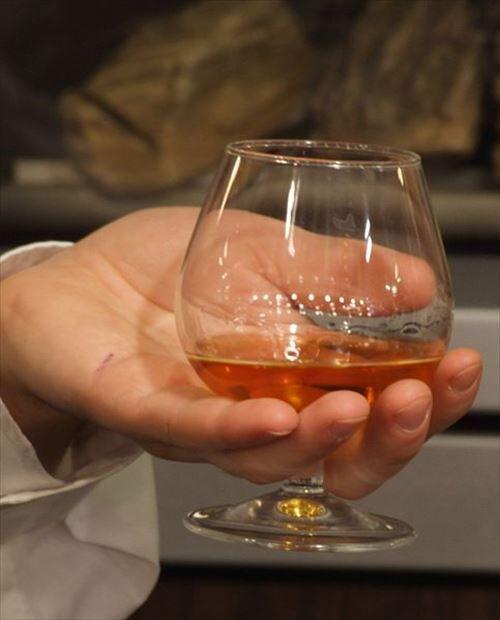 なんで日本人てウイスキーとかブランデーをぜんぜん飲まなくなったの?