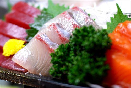 日本人ていつから生魚食べてるの?