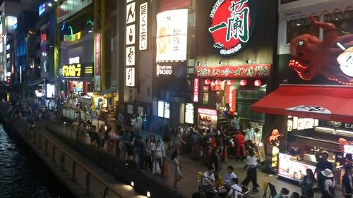 大阪ってうどんはそれなりに美味いけどラーメンとそばは美味い店ないな