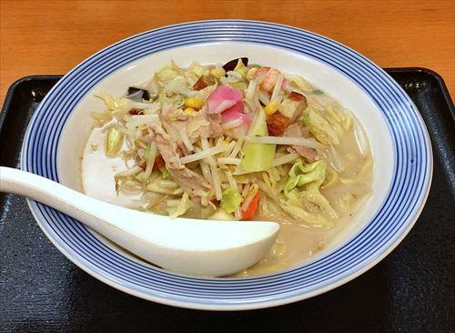 香川人「丸亀製麺はうまい」←わかる、長崎人「リンガーハットはうまい」←これ