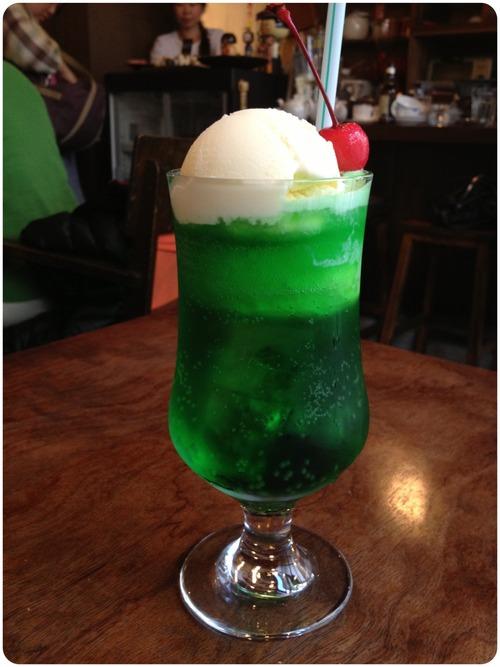 かき氷のブルーハワイは何の味?