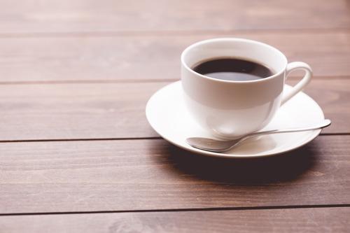 人気喫茶店「コーヒー400円!」
