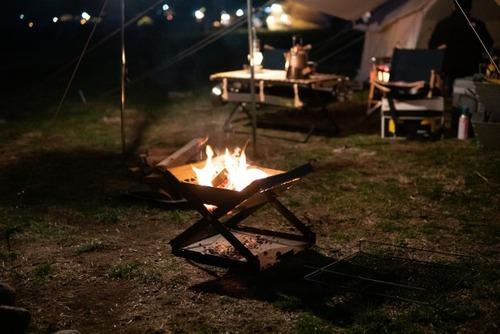 【悲報】キャンプ、もはや金持ち専用の趣味となってしまうwwwwwwwwwwwwwwwwwwwwwwwwwwwwwwwwwww
