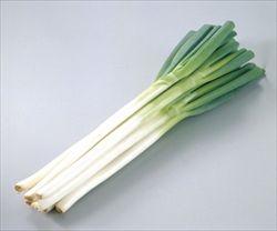 野菜の値段が高騰…ネギ2倍、ホウレンソウ1.67倍