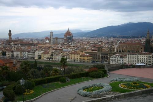 イタリアやスペインでロックダウン疲れ 厳しい制限にうんざり「もうお金がないんだよ!」「囚人みたい」