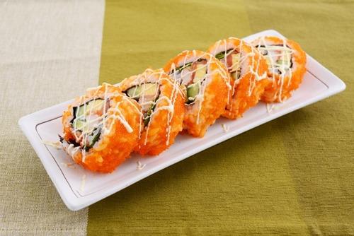 アメリカ人の好きな日本食「生魚は嫌だけど寿司好き」「サツマイモフライの巻き寿司」「砂糖入り緑茶」 [みなみ★]