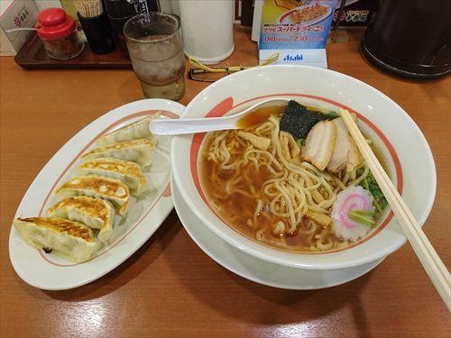 ラーメン餃子_(30655650275)_R