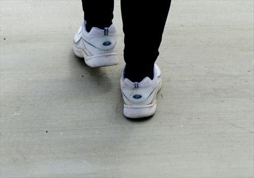 walking-2_R