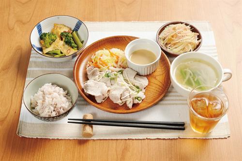 秋田「タニタ食堂、味薄すぎワロタwww」濃い味好む東北民からマズいと大不評
